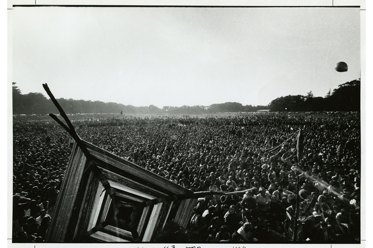 The Human Be-In, Golden Gate Park, 1967 January 14], photograph by Gene Anthony, courtesy, California Historical Society, CPA-SOL_005