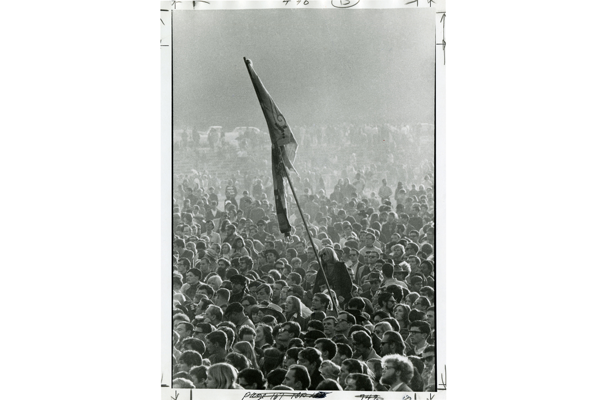 [The crowd at the Human Be-In, Golden Gate Park, 1967 January 14], photograph by Gene Anthony, courtesy, California Historical Society, CPA-SOL_009